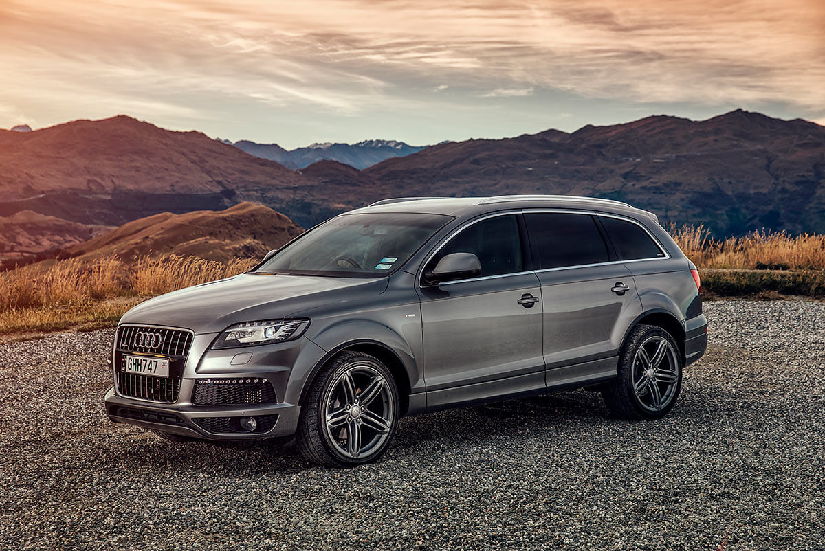 Car photography of Audi Q7 in Queenstown